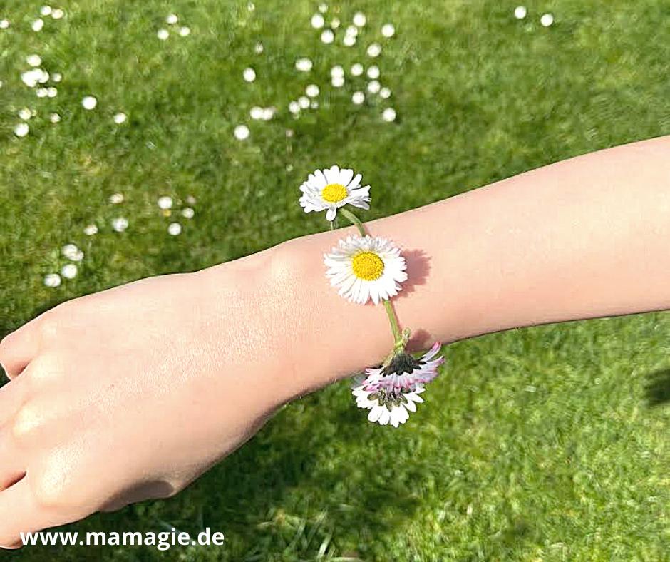 Blumenkranz aus Gänseblümchen
