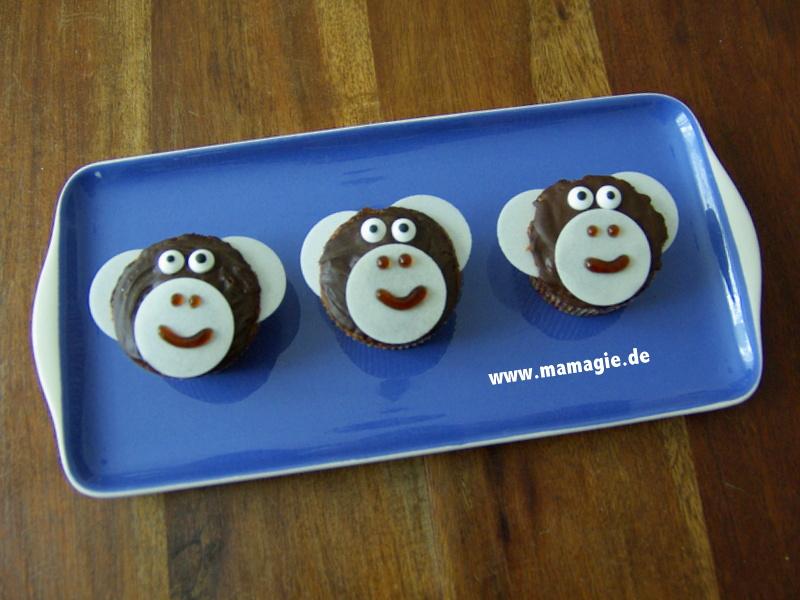 Muffins mit Affengesichtern