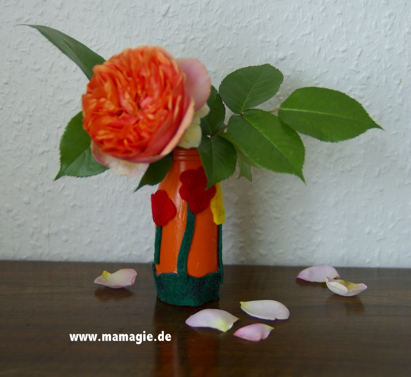 Vase basteln mit Kindern