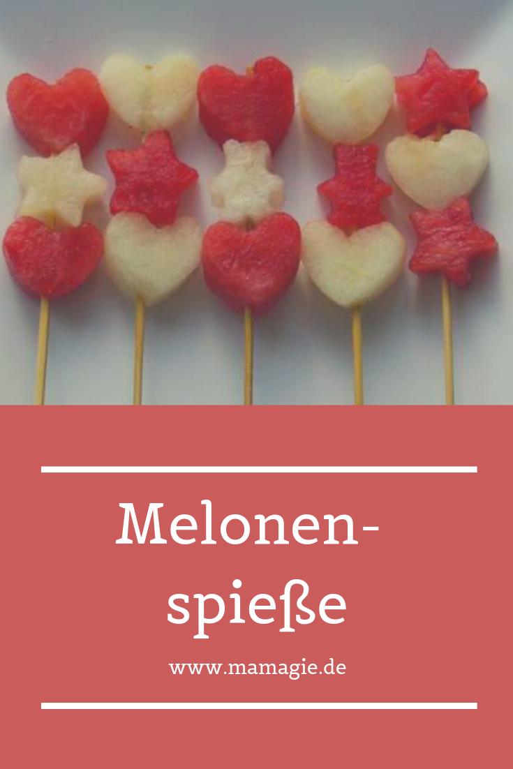 Erfrischende Spieße aus Melonen