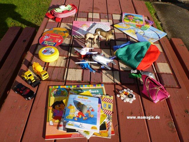 Spielzeuge für Flug- und Campingreise