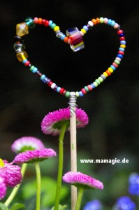 Blumenstecker mit Perlen selbermachen