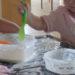 Drinnen spielen: sauberes Matschen